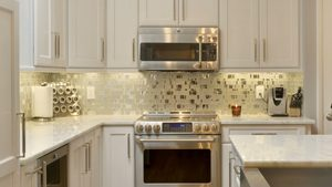 glass kitchen backsplash Remodeling Consultants
